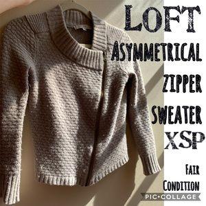 LOFT Asymmetrical Zipper Grey Cloud Sweater XSP ❤️